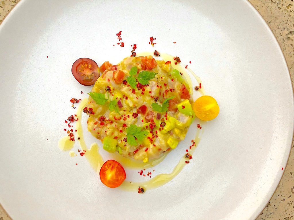 fish tartare recipe with red snapper and pink peppercorn