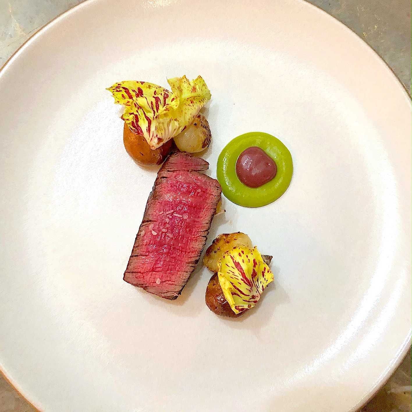 Beef tenderloin recipe with Olive and potato