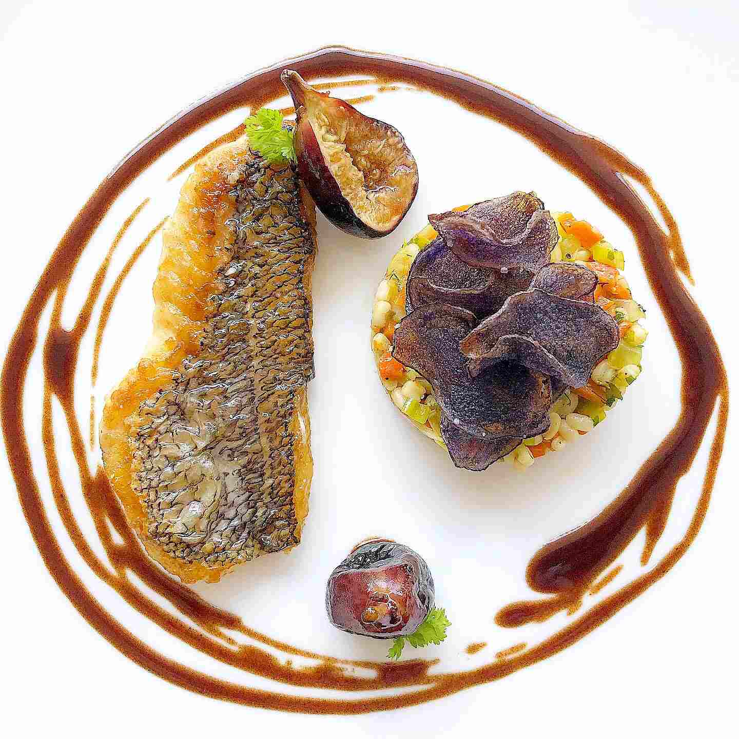 Black Bass recipe with fig and red wine butter