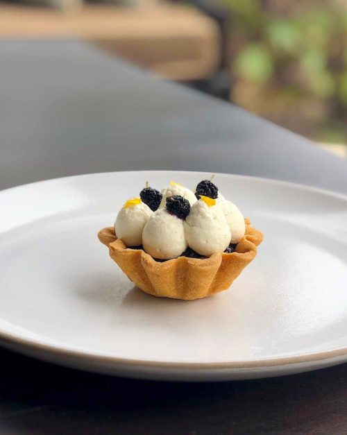mulberry tart with jam and pastry cream