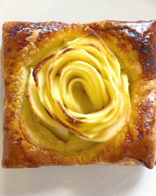 Apple Tart Recipe with Vanilla Custard
