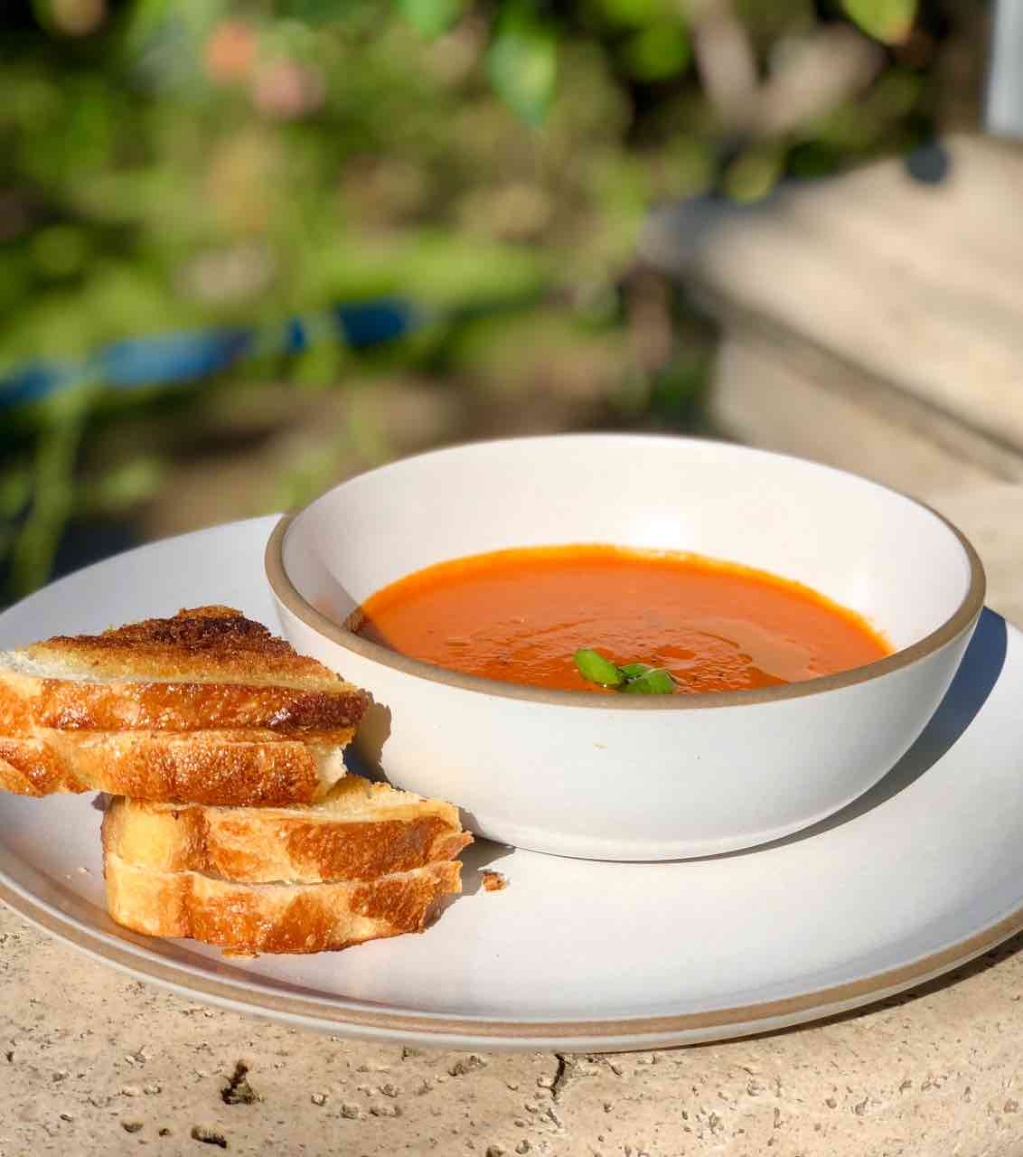 tomato basi soup with grilled cheese