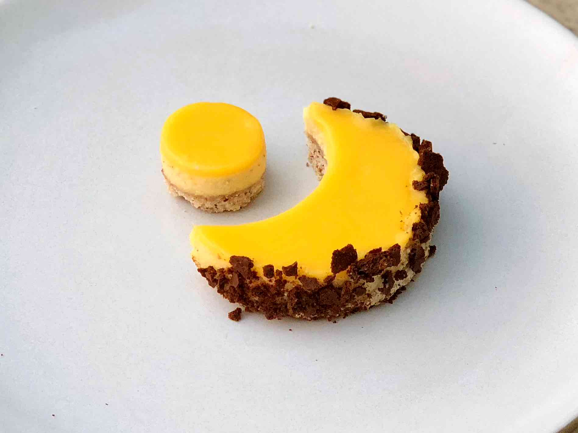 ricotta cheesecake recipe with passionfruit curd