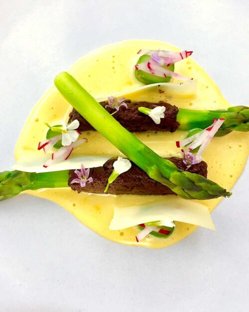 Asparagus recipe with Olive and Hollandaise